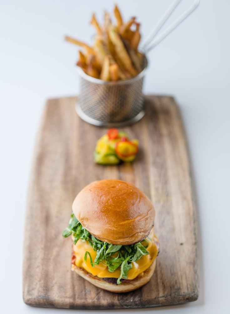 Brooklyn-EdinburghUSA-BurgerFries